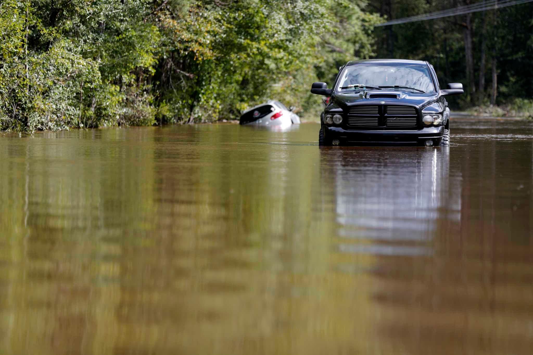 Piden paciencia a personas afectadas por el huracán Florence