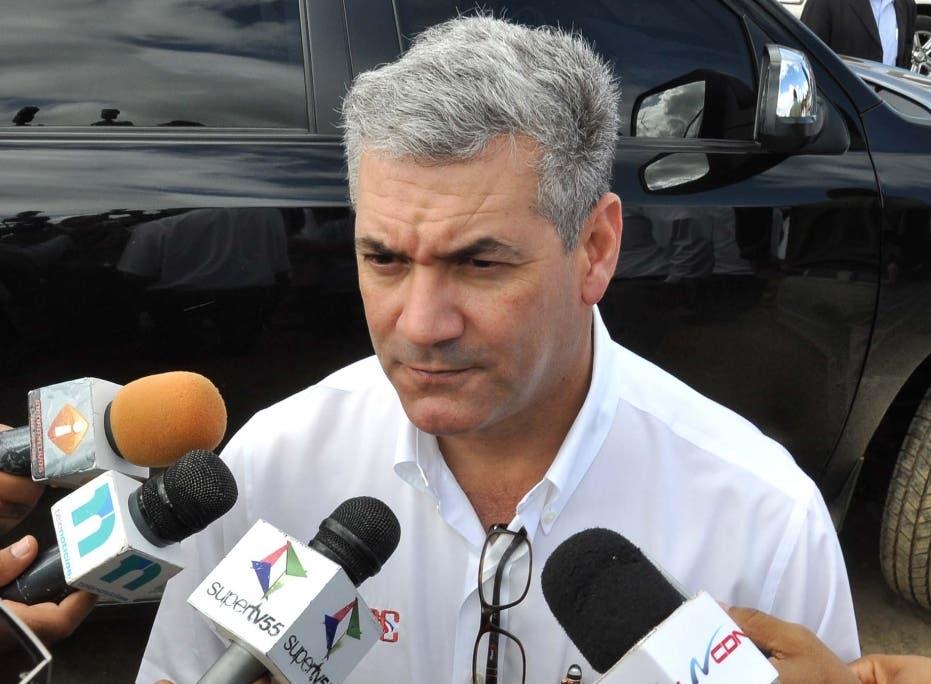 Gonzalo Castillo pide a ministros guardar silencio si no están de acuerdo con modificación constitucional