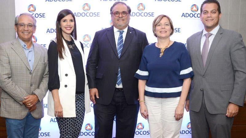 Para hablar de los detalles del Cuarto Torneo de Golf de la Asociación Dominicana De Corredores De Seguros (Adocose), que se celebraráel  próximo 13 de Octubre, sus principales ejecutivos ofrecieron un coctel en Cava Alta.