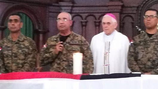 Monseñor Grullón Estrella resalta vocación del Ejército de RD