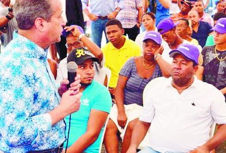 Reinaldo Pared Pérez llama a los peledeístas de la capital a trabajar para recuperar la Alcaldía del Distrito Nacional. Fuente externa 02/09/2018