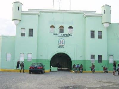 Varios heridos durante motín en cárcel del 15 de Azua
