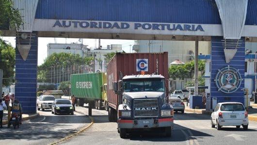 Advierten garantizarán operaciones en puertos ante llamado a paro de Fenatrado