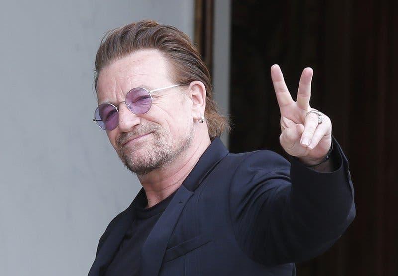 Bono pierde la voz en un concierto de U2 en Berlín