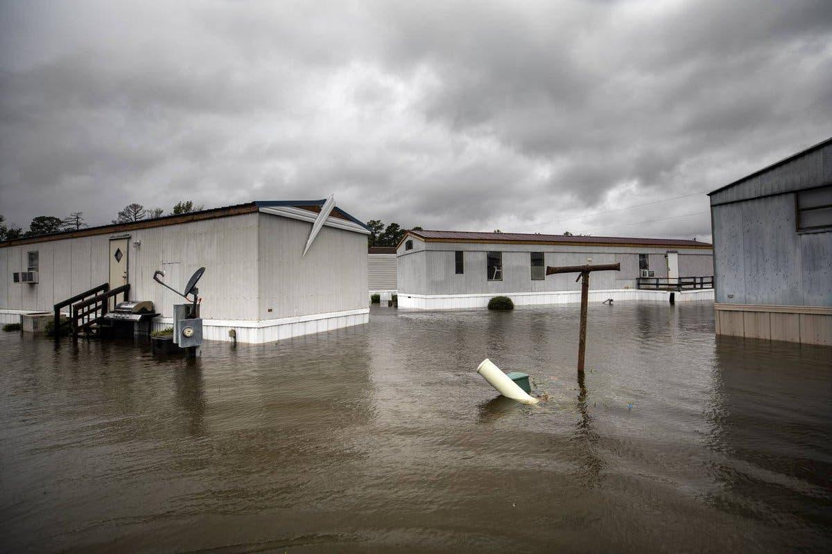 31 muertos y en estado de emergencia, el balance del huracán Florence en EE.UU