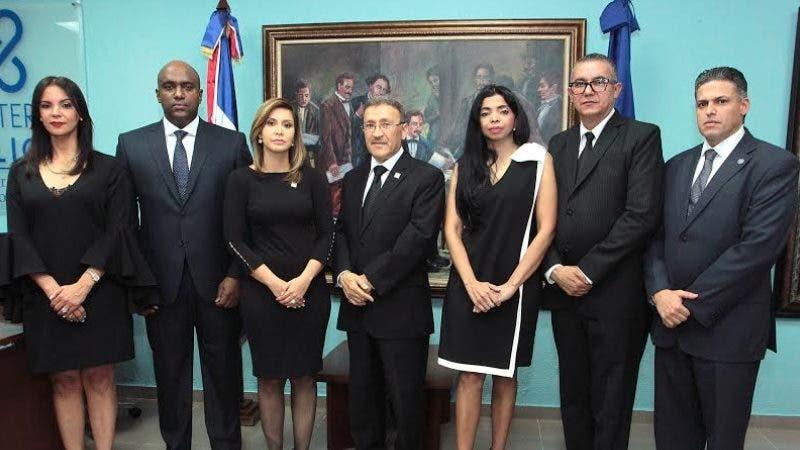 Los 36 procuradores y fiscales titulares asumieron hoy sus funciones/Foto cortesía de la Procuraduría.