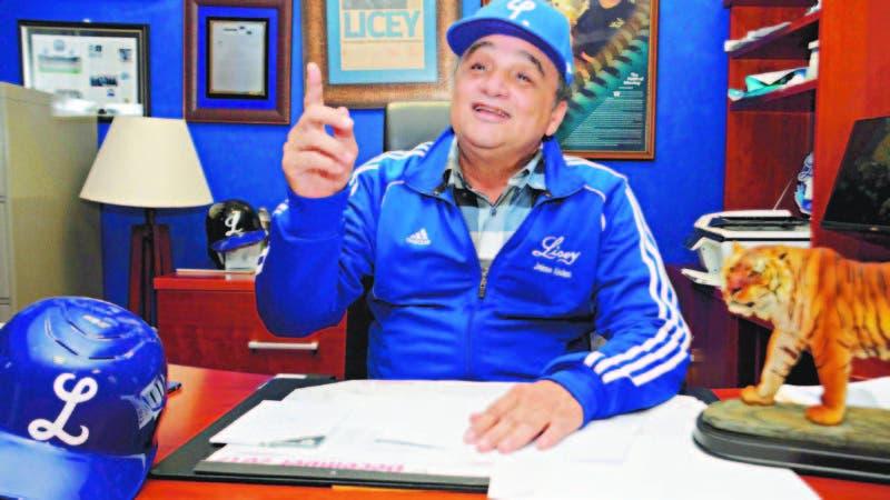 Jaime Alsina, presidente del Licey, da explicaciones a HOY