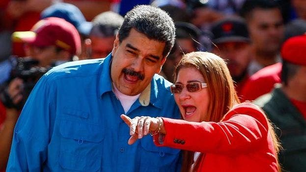El Gobierno eleva la presión sobre Maduro y sanciona a su esposa Cilia Flores