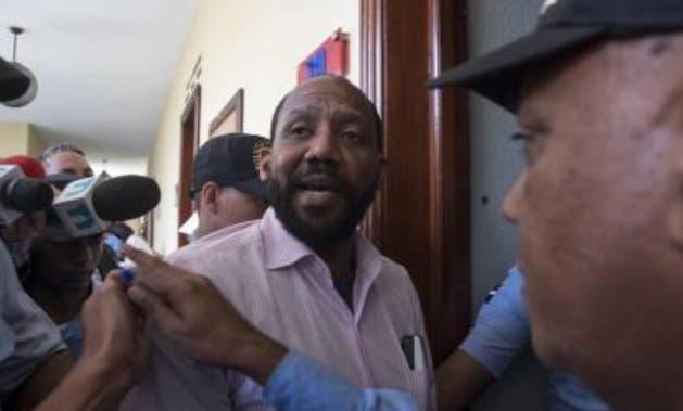 Tribunal da lectura íntegra a decisión mantiene en prisión a Pablo Ross