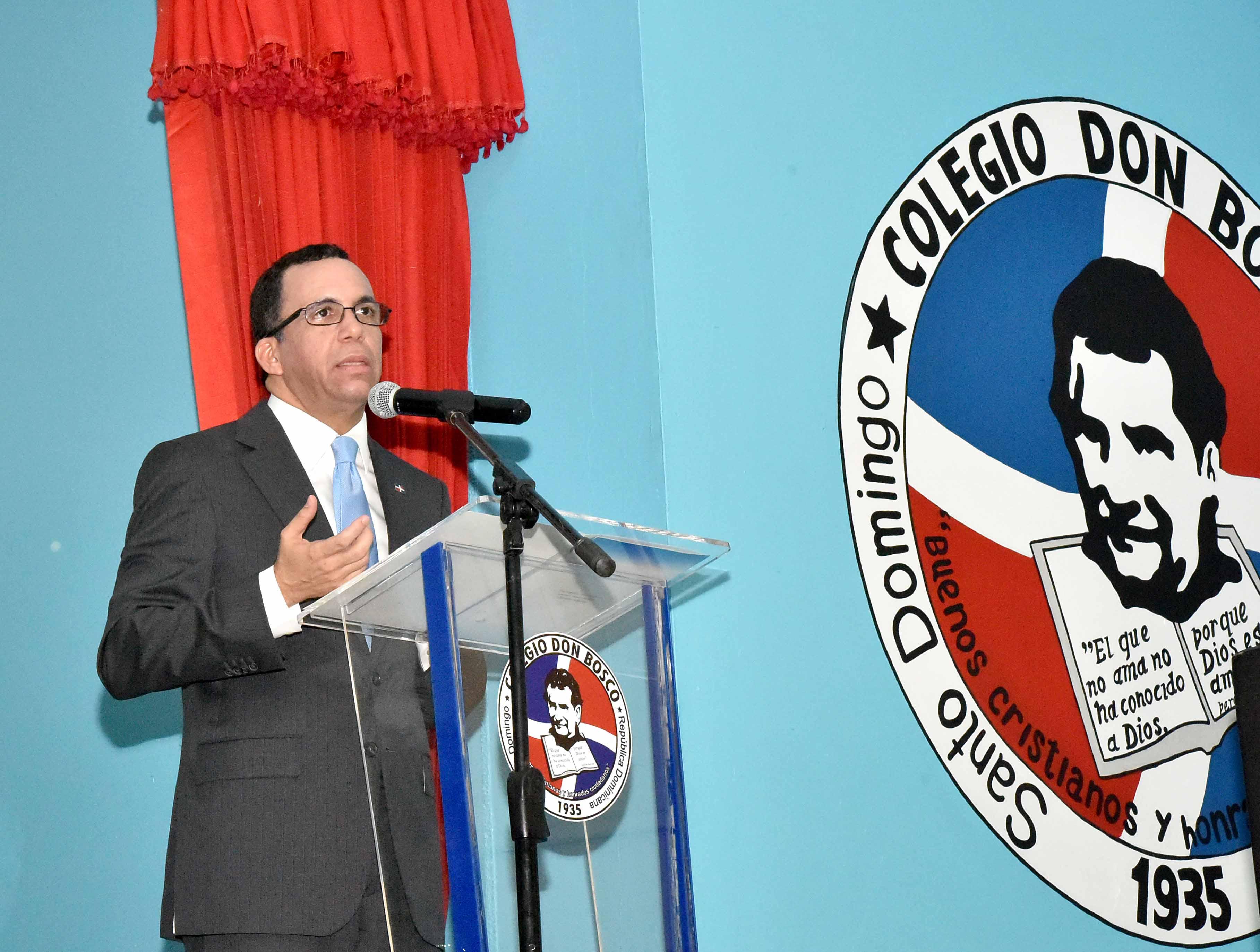 Andrés Navarro pone en marcha República Digital en el Colegio Don Bosco