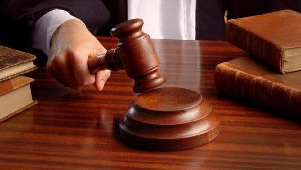 20 años de prisión contra hombre acusado de cometer incesto contra hija menor de edad