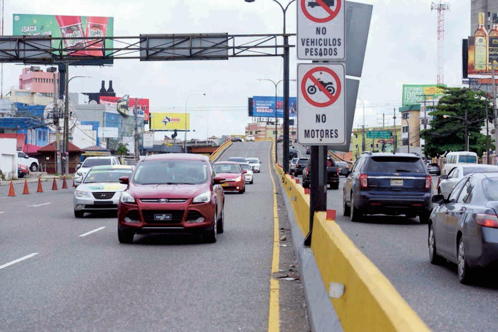 """El Corredor Duarte """"afectó la calidad de vida"""" del sector, según Barinas. Foto/ Napoleón Marte"""