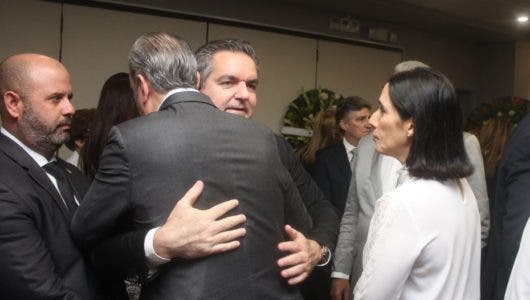 Sepultan restos empresario y dirigente político Leonel Cabrera