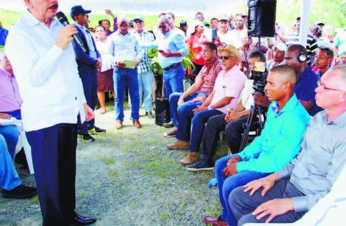 Visita Sorpresa de Danilo mejorará calidad de vida productores castaña de masa de Yamasá con fomento de 3 mil tareas y capacitación. HOY/ Fuente Externa. 14/10/2018