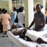 El País.- Pacientes en el hospital Docente Universitario Dr. Dario Contreras. Santo Domingo Este. República Dominicana. Hoy 02-03-2010.    Juan Faña.