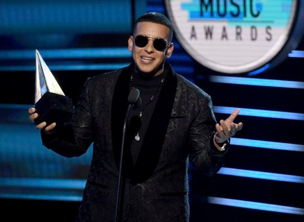 6. Daddy Yankee accepts the award for favorite male artist at the Latin American Music Awards at the Dolby Theatre on Thursday, Oct. 25, 2018, in Los Angeles. (Photo by Chris Pizzello/Invision/AP)