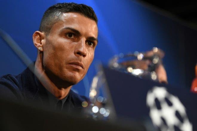 """Acusado de violación, Cristiano Ronaldo dice ser un """"ejemplo"""" dentro y fuera del terreno de juego"""