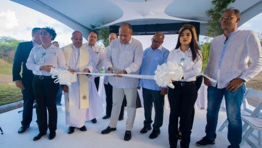 Empresa inaugura primera etapa de  moderno cementerio en Montellano