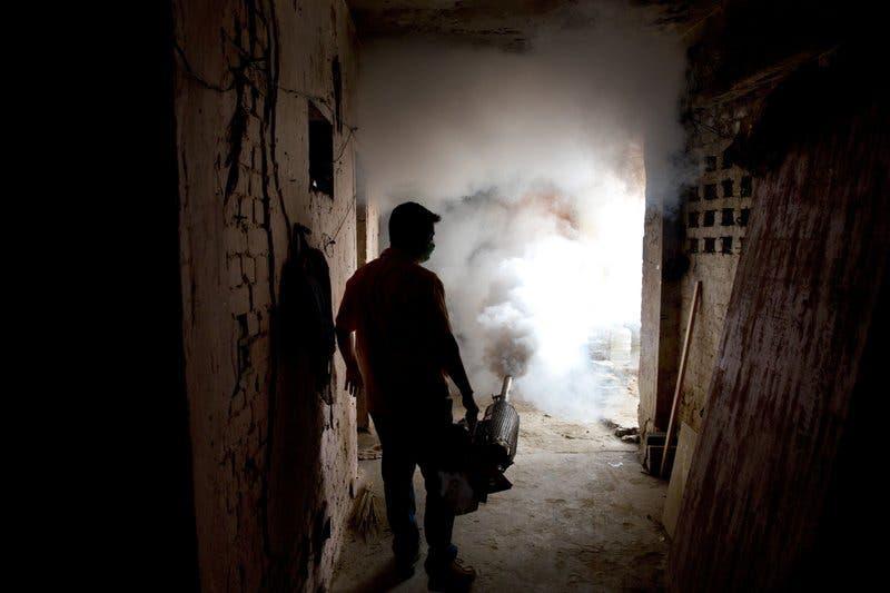 Más de 100 casos reportados en brote de zika