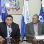 Pedro Bido, Gilberto Almonte y José Sánchez, miembros de la Asociación Dominicana de Profesores, dan detalles de las elecciones 2018 a celebrarse este 10 de Octubre. HOY/ Aracelis Mena. 09/10/2018