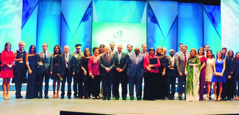 Premios fundación Corripio. Otorgo cinco galardones en diferentes aéreas. 09-10-18 Foto: José Adames Arias.