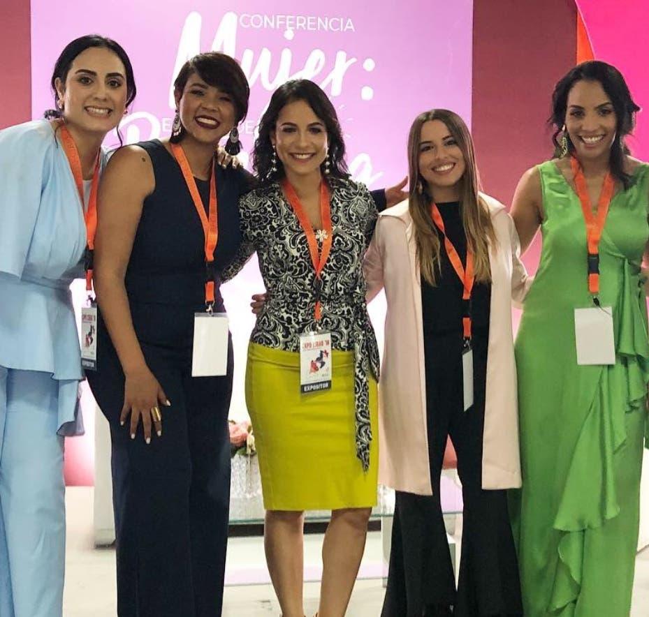Motivación: 'Mujer emprende tu branding'