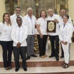 La empresa, fundada en 1998 con la iniciativa de los señores Héctor Cárdenas y Rafael Santiago Then, ambos dueños de farmacias, nace con la finalidad cubrir la necesidad que se había generado en cuanto a la distribución de medicamentos en la zona Oriental.