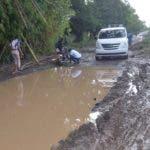 Bloquean carretera Sierra Prieta-Yamasá por mal estado de carretera. Fuente externa 04/10/2018