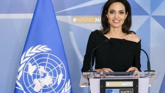 Angelina Jolie visita a migrantes venezolanos en Lima