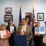 Congresista Espaillat proporciona informe TPS a inmigrantes
