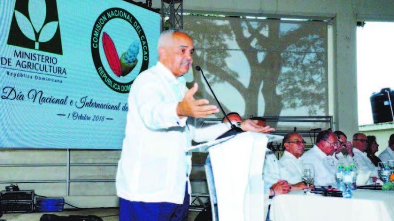 El ministro de Agricultura, Osmar Benítez, durante la celebración del Día Internacional del Cacao.