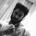 El salsero Jerry Rivera disfrazado de Wolverine.
