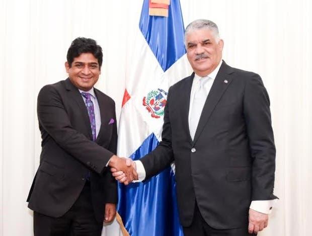 Canciller Vargas  y  homólogo de Sri Lanka  conversan sobre  relaciones bilaterales