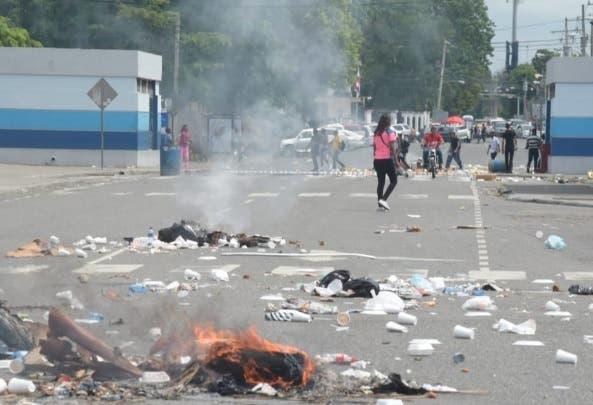 ¡Tenga mucho cuidado! Se registran disturbios en la UASD
