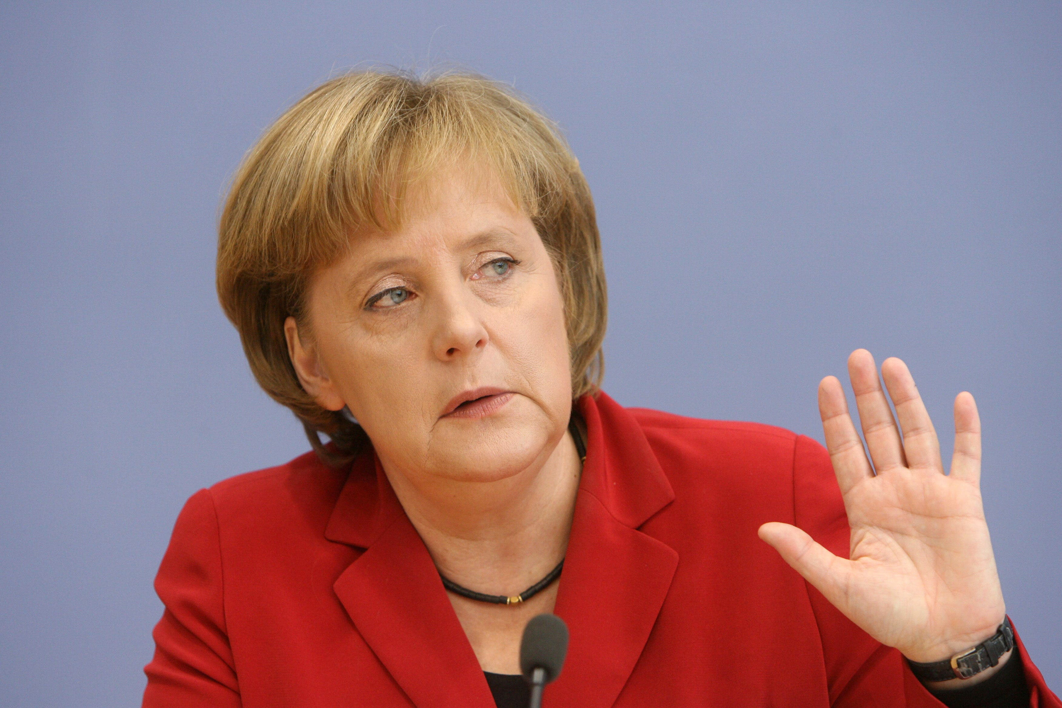 """La canciller Angela Merkel dice que no será candidata en 2021, """"la imagen que da la gran coalición es inaceptable"""""""