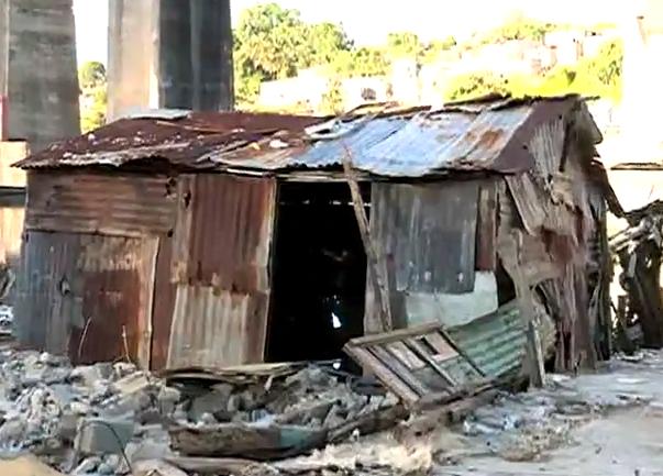 Video: Quejas por desalojos  en Los Guandules y la Ciénaga, mira como se realizan