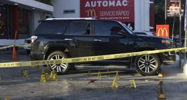 Tiroteo entre venezolanos y dominicanos deja al menos un muerto y dos heridos en McDonalds de la Abraham Lincoln