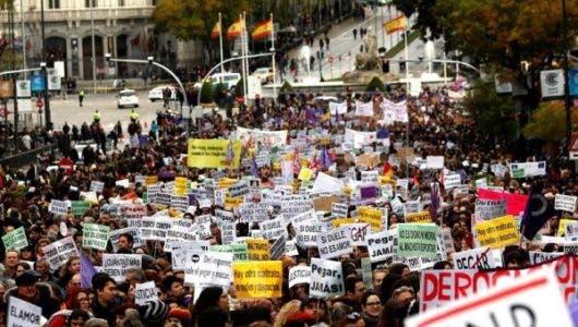 Miles de personas salen a la calle en Madrid por la violencia machista