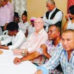 Monte Plata- El expresidente Hipólito Mejía afirmó aquí que es una necesidad echar del poder al Partido de la Liberación Dominicana (PLD) del poder, al tiempo de prometer hacer todo lo que esté a su alcance para lograr ese objetivo en el 2020.  Hoy/Fuente Externa 18/11/18