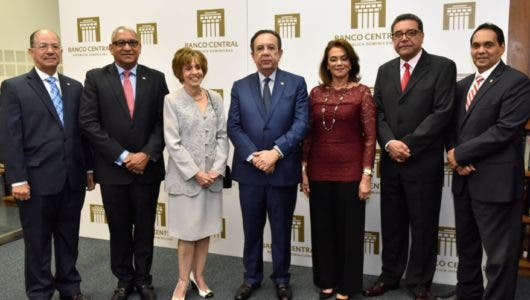 Banco Central pone en circulación tres nuevas obras