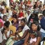 El País.- Pacientes en el hospital Infantil Materno Robert Reid Cabral. Distrito Nacional. República Dominicana. Hoy 22-11-2010.  Juan Faña.