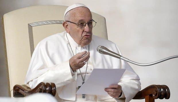 """El papa pide paz para Ucrania y recuerda el aniversario del """"Holodomor»"""