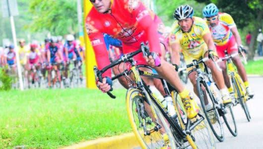 EL REY DE LOS JUEGOS Bernard López ganó 10 medallas