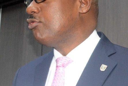 Alcalde SDE ratifica terminal se construya en Parque del Este