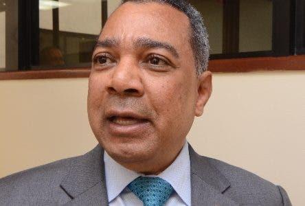 Senador recomienda unir o distanciar  a dos años elecciones