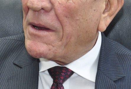 Rafael Calderón favorece  que la Constitución sea modificada