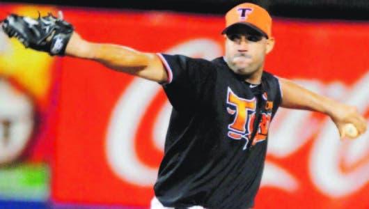 Valdés silenció bates de GC en triunfo de los Toros