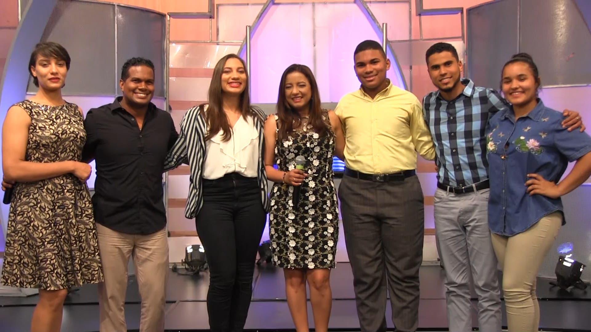 Este año seis jóvenes van a la gran final en el concurso «Mi Voz para Cristo»