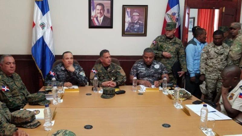 Reunion de autoridades dominico-haitianas en Jimani.  Hoy/Fuente Externa 16/11/18