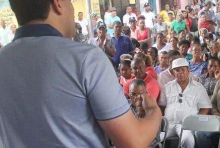 Alcalde DN pide ayuda gente para resolver problemas